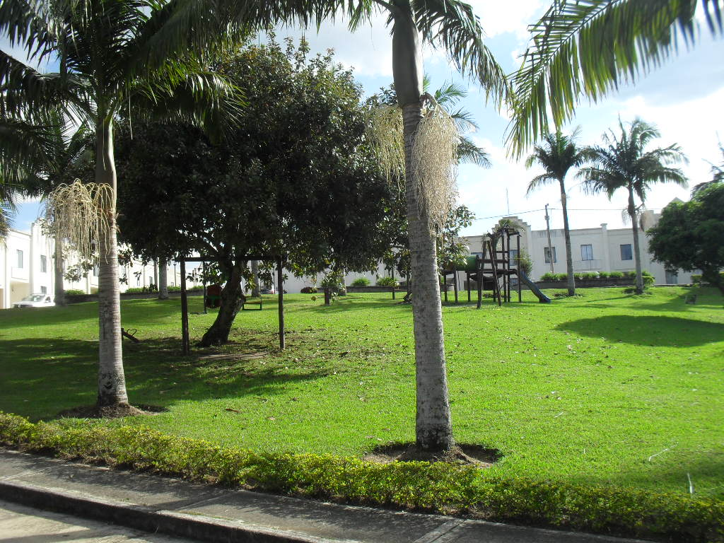 VENDO CASA EN LA RIOJA